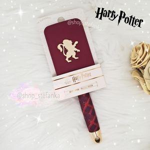 🎁 Gryffindor Harry Potter Paddle Hairbrush 💫